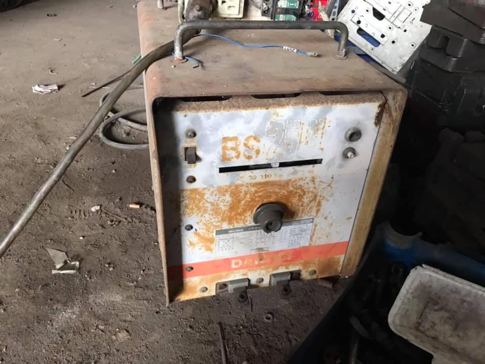 máy hàn 250A điện 1p 220v