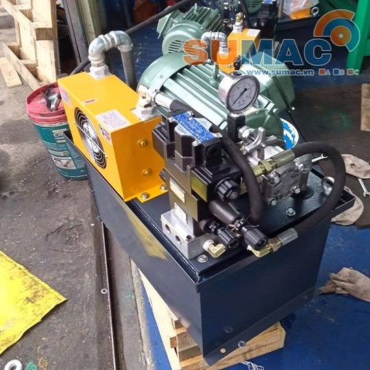thùng dâu thủy lực 60 lít cho trạm nguồn thủy lực 4Kw