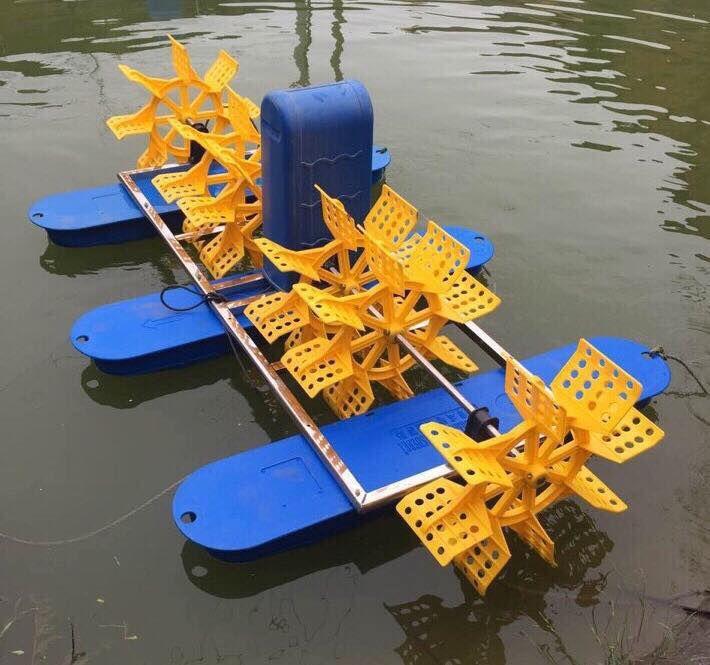 Máy quạt nước ao nuôi bằng động cơ hộp số