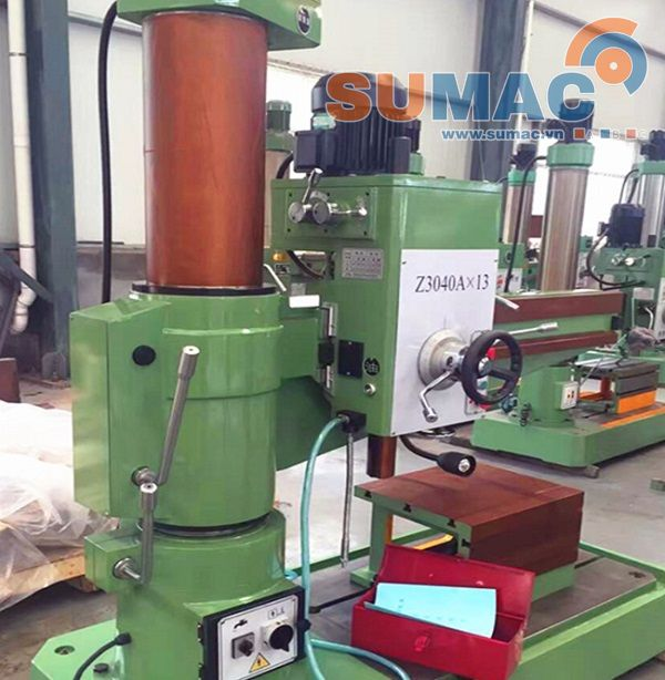 may-khoan-can-radial-drilling-machine